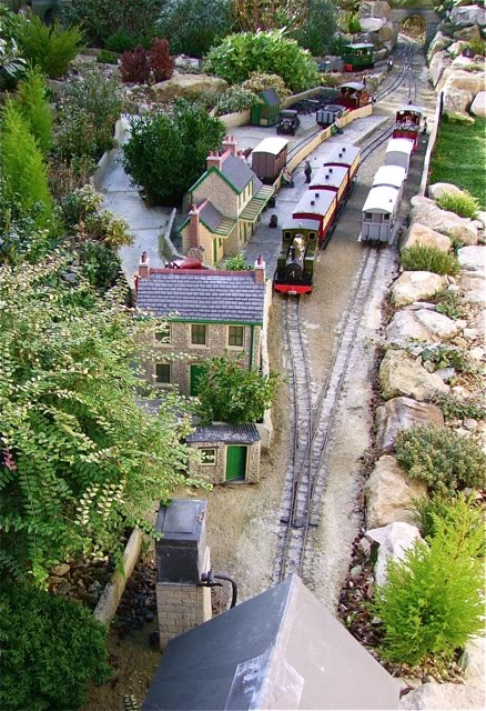 Summerlands Light Railway CB Garden Railway Club